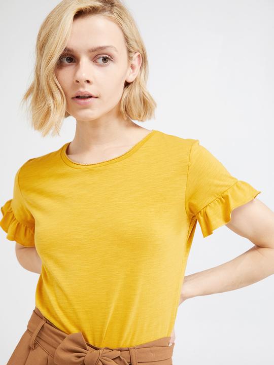 e0ef758c53 Motivi: T-shirt con rouches su maniche Giallo_1 ...