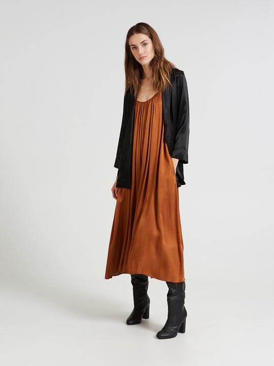check out 43330 8baa8 Vestiti Eleganti Donna Lunghi e Corti - Motivi.com